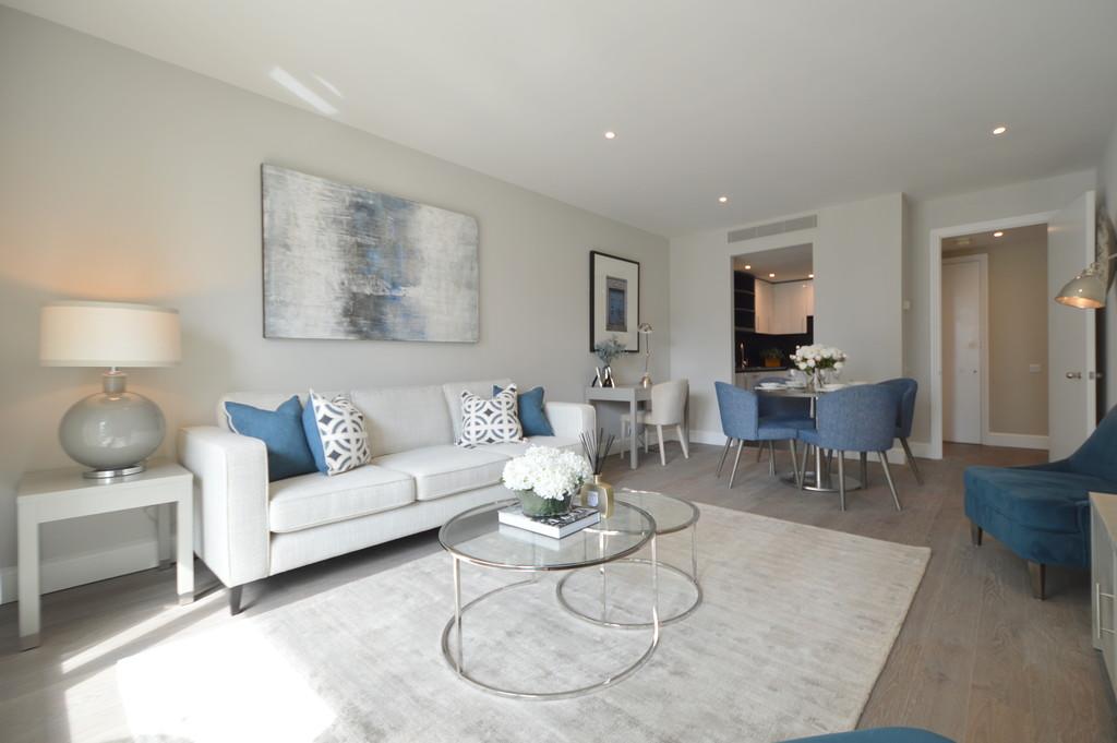 Circus Apartments, Westferry Circus, E14 8RW